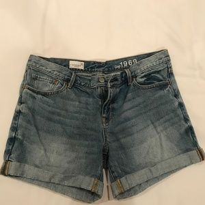 Gap Sexy Boyfriend Shorts